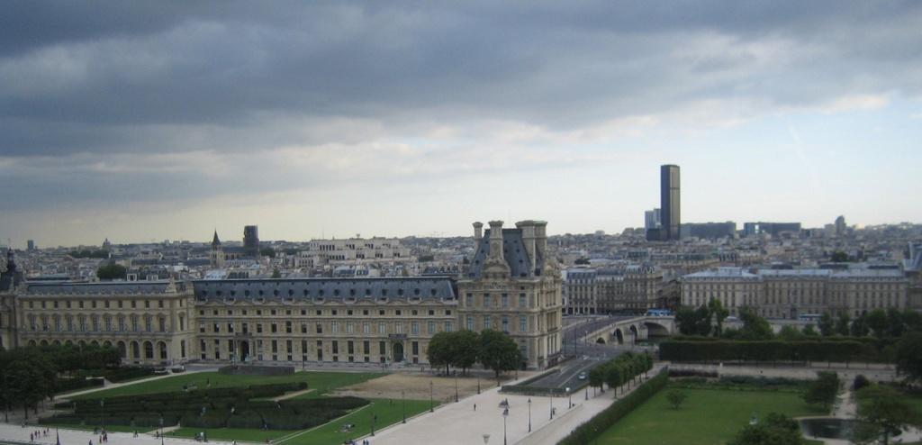 paris-clouded-skyline